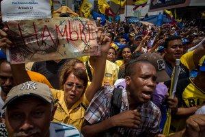 La dramática crisis económica y política de Venezuela en 12 gráficos