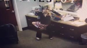 Se vale llorar… El emocionante momento cuando esta niña de 11 años descubre que va a ser adoptada (video)