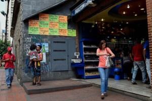 La economía venezolana se contrajo un 33,7% en el primer trimestre del año, según OVF