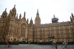 Diputados británicos piden sanciones contra dirigentes de Hong Kong