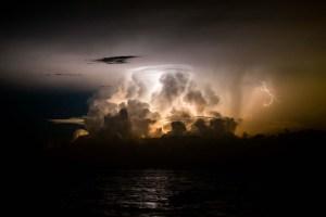 El Relámpago de Catatumbo ilumina el cielo de Maracaibo (FOTOS)