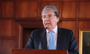 Murió el ministro de defensa de Colombia, Carlos Holmes Trujillo por coronavirus