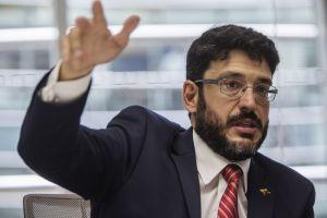 """José Ignacio Hernández enfatizó que """"oferta"""" de la Pdvsa chavista resulta engañosa para los bonistas"""