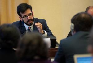 Oro de sangre y destrucción: Comisionado Pizarro abordó encuentro sobre la situación del Sur del Orinoco