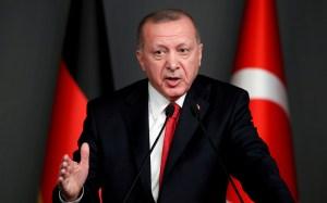 Turquía anuncia medidas legales contra la revista Charlie Hebdo por una caricatura de Erdogan