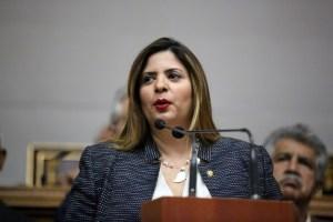 Nora Bracho: Aunque nos quiten las tarjetas no impedirán que sigamos luchando por Venezuela