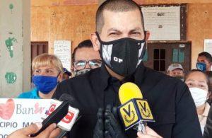 Omar Prieto fue hospitalizado por problemas respiratorios a espera de una prueba, según Reuters