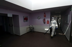 España registra 14.389 nuevos contagios y 90 fallecimientos más por Covid-19