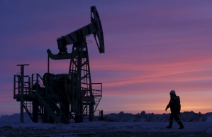El petróleo sube después de la reunión mensual de la Opep+