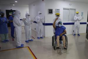 Colombia volvió a los comienzos de la pandemia, con menos de mil contagios