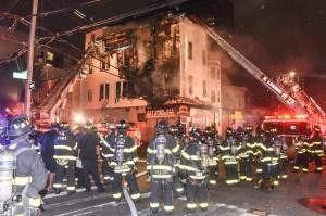 Al menos 14 heridos tras incendio de 2 horas en edificio de El Bronx