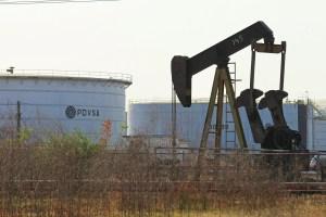 Bloomberg: Amenaza de sanciones empujó a Reliance a comprar crudo a Canadá en lugar de Pdvsa