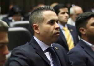 Diputado José Antonio Mendoza tras incautación de carros del régimen: Se les acabó el pan de piquito para sus vidas de lujos