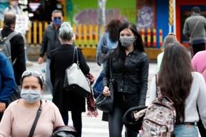 Casos por coronavirus en Colombia siguen en descenso tras superar los 750 mil
