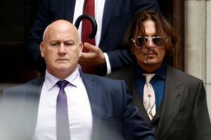 Alcohol, pastillas y cuatro líneas de cocaína: Las FOTOS de los excesos de Johnny Depp