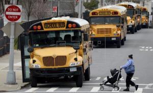 Nueva York planifica la reapertura parcial de escuelas en septiembre