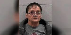 La madre del año: Contrató a un sicario para que matara a su hijo y a la novia en Arkansas