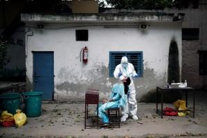 India registra un nuevo récord de casos diarios de Covid-19 y supera los 2 millones