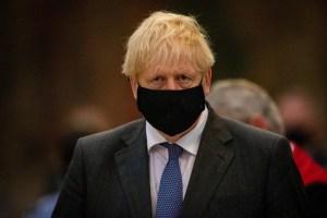 """Boris Johnson considera """"fantástica"""" la autorización de la vacuna Pzifer/BioNTech en Reino Unido"""