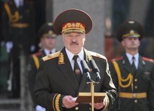 Régimen de Lukashenko desmanteló al menos 56 ONG en Bielorrusia