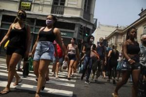 Brasil prohíbe la entrada a viajeros de Sudáfrica por la nueva cepa de coronavirus