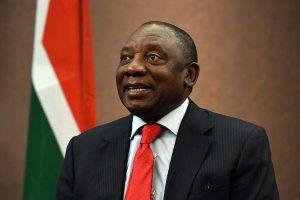 El presidente de Sudáfrica, en cuarentena tras contacto con un positivo por coronavirus
