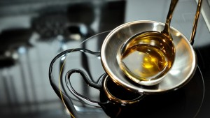 Desarrollan un método que permite producir biocombustible barato y fácil con aceite de cocina