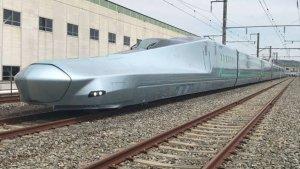 Un nuevo modelo de tren bala en Japón alcanza los 382 kilómetros por hora