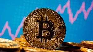 La cotización del bitcóin bate récord y se acerca a 20.000 dólares