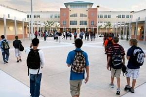 Plan educativo en Florida sugirió no cerrar las escuelas a causa del Covid-19