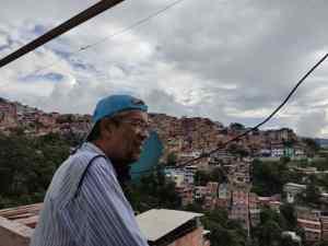 Diputado Luis Barragán en el barrio El Carpintero: El socialismo es peor que el Covid-19