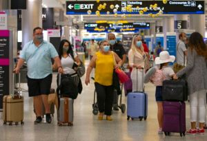 Aeropuerto Internacional de Miami inicia vacunación contra el Covid-19 este #10May