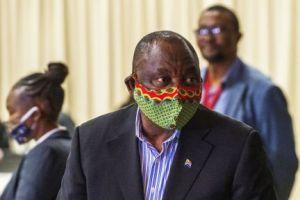 Evacúan a Sudáfrica al primer ministro de Esuatini para tratarse de Covid-19