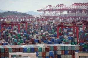 Las fábricas asiáticas siguen recuperándose de la pandemia con el tirón de China