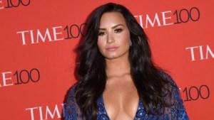Publican fotos de la primera escena sexual de Demi Lovato