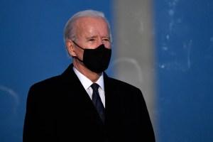 Biden mantendrá restricciones a viajes desde zona Schengen, Reino Unido y Brasil