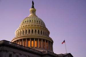 Jefa de la Policía del Capitolio se disculpó tras admitir fallas en la seguridad