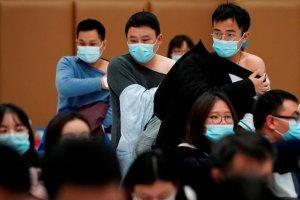 """China halla restos """"no infecciosos"""" de coronavirus en centros de vacunación"""