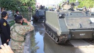 Perú moviliza unidades militares a frontera con Ecuador para bloquear ingreso de inmigrantes ilegales
