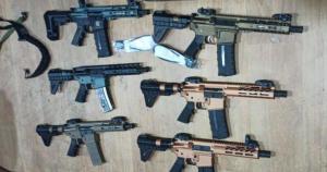 Las letales armas de asalto que decomisaron en Colombia rumbo a Venezuela