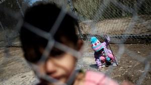 Más de 700 niños permanecían detenidos en la frontera entre México y Estados Unidos