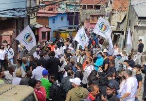 Dirigentes de Acción Democrática realizaron recorrido por El Guarataro por el rescate de la democracia #20Feb (fotos)