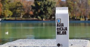 Un producto ecológico con sello venezolano revoluciona España: Agua en Caja Mejor