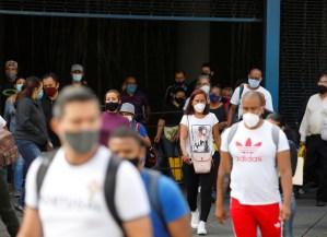 """Venezuela tendrá otra semana """"radical"""" pese a que Maduro promete """"algunas flexibilidades"""""""