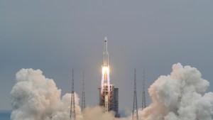 Expertos explicaron los verdaderos peligros que corremos por el cohete chino sin control