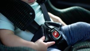 Falleció una niña de dos años en Portugal: Fue presuntamente olvidada por su madre durante siete horas en un carro
