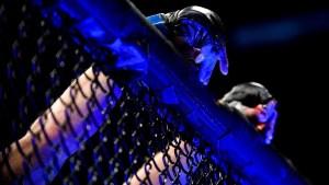 MMA: Le aplastó la nariz con una brutal patada (Imágenes sensibles)