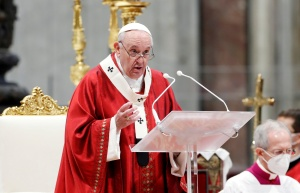 El papa Francisco: Abramos el corazón a los refugiados, somos una gran familia