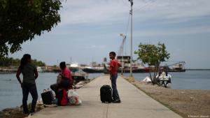 Venezolanos en Trinidad sufren para enviar remesas a sus familiares