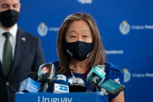 Julie Chung se solidarizó con los familiares de los manifestantes detenidos en Cuba